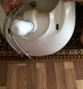 Раковина для ванны +сместитель +шланги