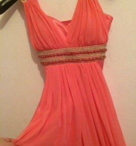 Платье длинное в хорошем состоянии