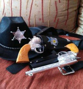 Ковбойская шляпа и пистолеты, ковбойский костюм