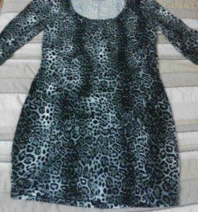 Платье трикотажное 52 р-р