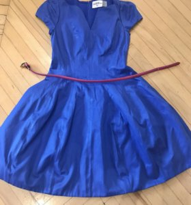 Платье синее с ремешком