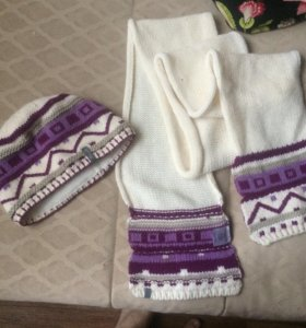 Комплект зимний новый: шапка и шарф