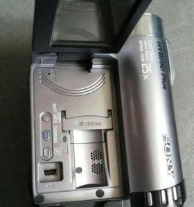 Цифровая видеокамера Soni DCR DVD 810