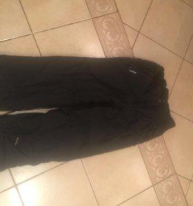 Спортивные новые брюки на мальчика 11-13 лет