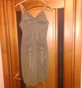 Сарафан и платье 40-42рр
