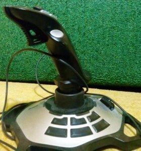 Игровой контроллер для War Thunder. Logitech
