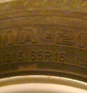 Шина р 215/65R16 одна штука