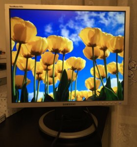 Монитор 19 дюймов SyncMaster 940N Samsung