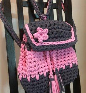 Рюкзак вязаный из трикотажной пряжи