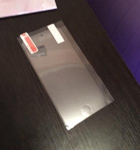 Пленки на айфон 5