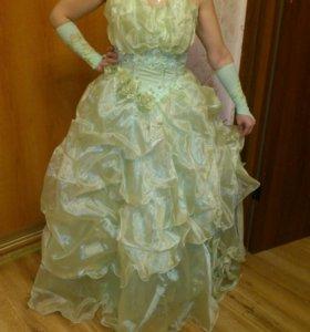 Вечернее платье,очень красивое