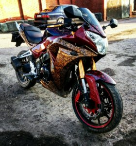 Мотоцикл реплика Хонды сбр.