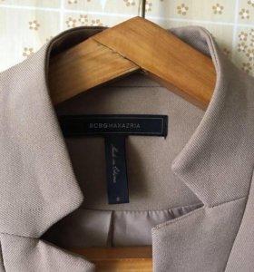Жакет. Удлинённый пиджак. Полупальто.