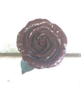 Роза металическая