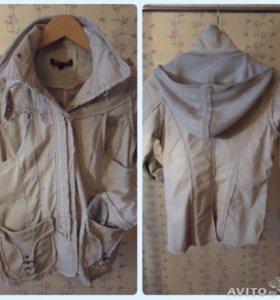 Куртка женская в отличном состоянии