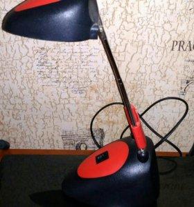 Настольная лампа б/у