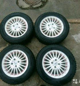Комплект колес (зима) на литье.