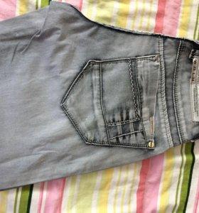 Мужские джинсы Новые