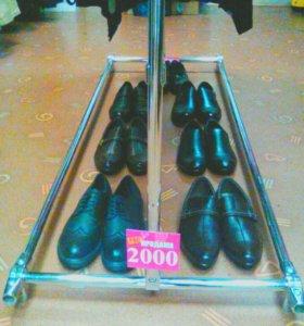 Продам новую мужскую и женскую обувь
