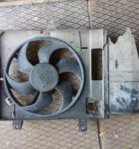 Радиатор охлаждения Nissan Note