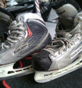 Коньки хоккейныеBauer x20