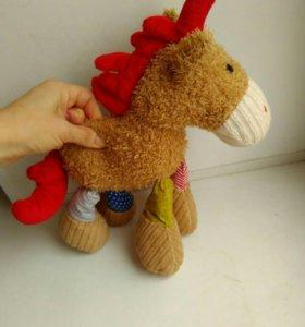 Мягкая игрушка- лошадка новая