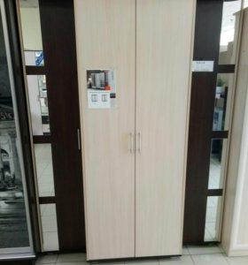 Шкаф распашной 1700