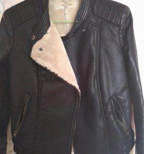 Куртка,мех не натуральный.