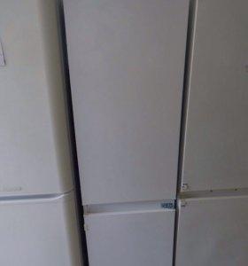 Холодильник, встраиваемый в шкаф. Марки Gorenje