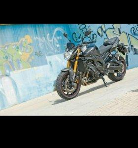 Продам мотоцикл YAMAHA FZ-8N 2013г.