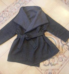2 пакета женской одежды