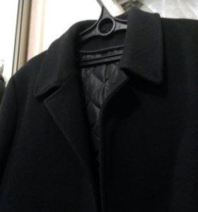 Брутальное черное пальто из драпа 52 размера