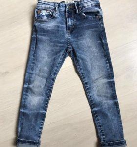 Джинсы Zara р. 5 (110 см)