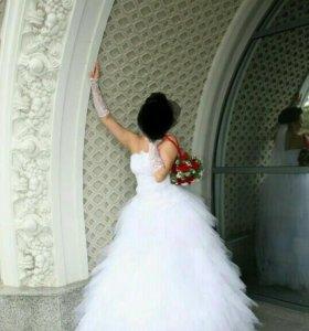 """Свадебное платье,силуэт""""Лебедь""""+подъюбник."""