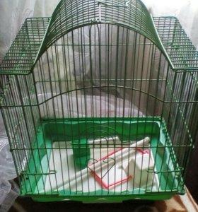 Клетка для попугая!(В подарок все принадлежности)