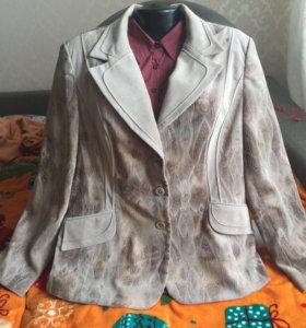 Пиджаки вельветовые,новые