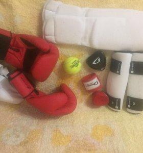 Экипировка для бокса кикбоксинга