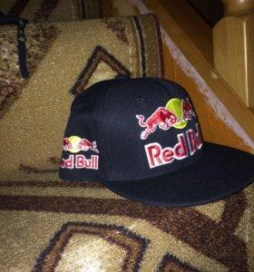 Новая кепка Red Bull