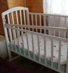 Детский кроват с матрасом