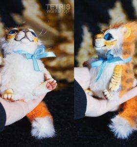 Игрушка ручной работы Тигр