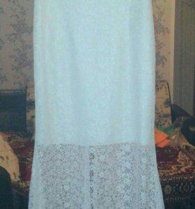 Платье кружевное вечернее.