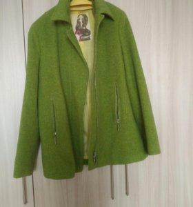 Пальто р48-50