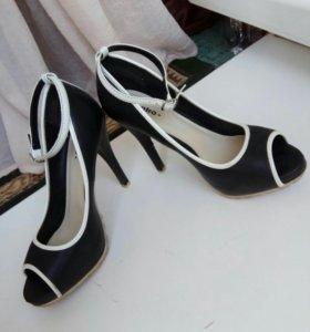 Туфли с открытым носом натуральные