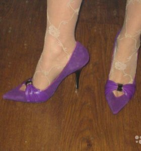 Новые фиолетовые туфли
