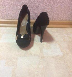 продам обувь рз 38 носила всего 2 раза
