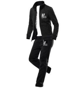 Спортивный костюм чёрный