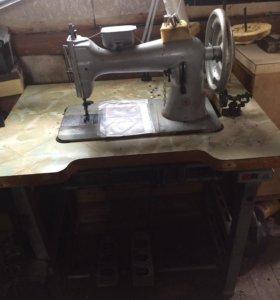 Швейная машина с бесшумным мотором