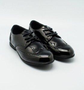 Новые туфли школьные