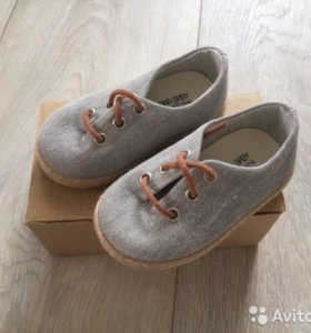 Ботинки Zara 18 размер. Новые