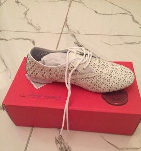 Новые туфельки (кросовки)